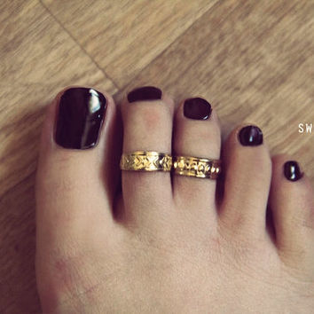 2 Gold Toe Rings, Toe Ring, Midi Toe Ring, Pinky Toe Ring, Knuckle Ring