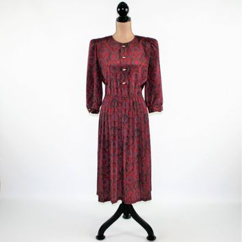 70s 80s Pleated Dress Shirtwaist Dress Women Petite Day Dress Maroon Print Dress Medium Large Size 12 Lady Carol Vintage Womens Clothing
