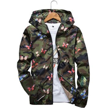 Trendy High Quality Womens Autumn Camo Windbreaker Jacket Thin Female Camouflage Butterfly Windbreaker Coats Spring Hooded Windbreaker AT_94_13