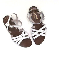 Vintage leather Gladiator sandals. white Strappy sandals. womens size 7
