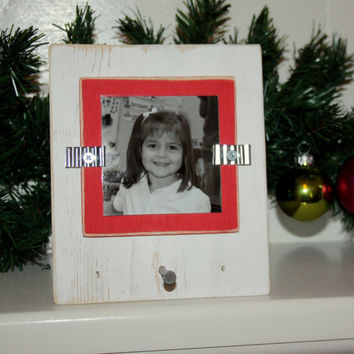 """Christmas Stocking Holder with Picture Frame - Distressed Wood - Holds 3""""x3"""" Photo - White & Red"""
