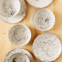 8-Piece Bubble Dinnerware Set   Urban Outfitters