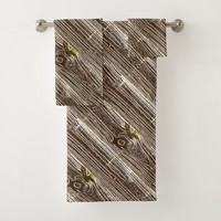 Angled Rustic Wood Panel Bath Towel Set