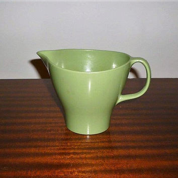 Favorite Vintage 1960s Lime Green Bessemer Milk Jug Creamer / Retro Melamine Plastic Table Pitcher