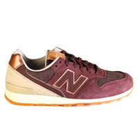 New Balance Women's WL696GAH (Burgundy)