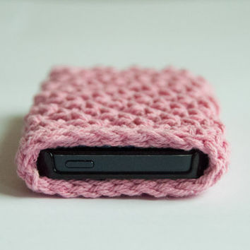 Pink Crocheted Iphone 5 case