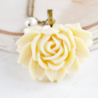 Cream Flower Necklace, Ivory Yellow Rose Flower Pendant,Flower Jewelry,Bridesmaid Gift,Flower Girl,Long Necklace,Resin Rose Necklace
