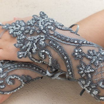 Grey lace gloves free ship bridal fingerless french lace light gray grey prom party belly dance burlesque steampunk noir goth lolita