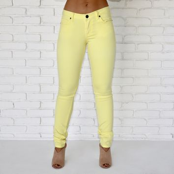 Classic Skinny Jeans In Yellow