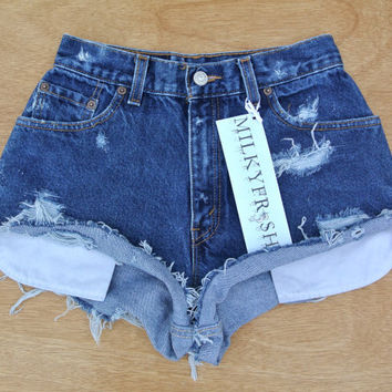 "High Waisted Distressed Levi's Shorts Size 1/2 Milky Fr3sh ""Audrey"""