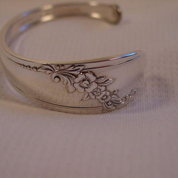 A Spoon Rings Plus Spoon Cuff Bracelet Queen Bess Pattern Handmade Spoon and Fork Jewelry c30