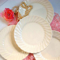 Vintage 1960's FOUR Swirl dessert side or b&b plates swirl rim cream ivory white Cottage Chic, Mid Century EXCELLENT