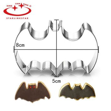 DCCKL72 1Pc Stainless Steel 3D Batman Cookie Cutter Batman Film Theme Mousse Ring Biscuit Embossing Mould Cake Mold Baking Pastry tool