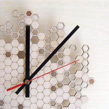 Wooden wall clock Honeycomb version TWO