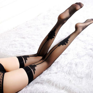 New Fashion Female Women Sheer Spiderweb Lace Top Thigh High Stockings Thigh High Hosiery