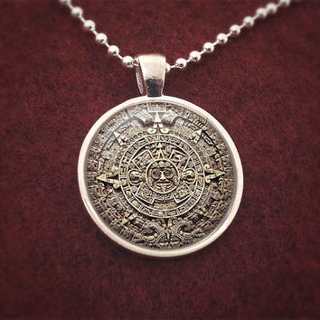 Handmade Silver Mayan Calendar Pendant Necklace Ancient 2012 Prediction Design
