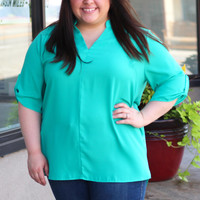 Rolled Up Blouse in Emerald {Curvy}