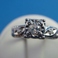 !CLASSIC VINTAGE DIAMOND ENGAGEMENT RING 14 K.