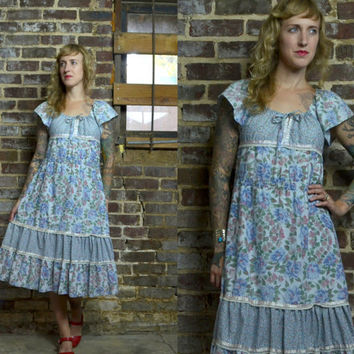 Vintage 70's Floral Patchwork Cotton Prairie Gunne Sax Style Dress