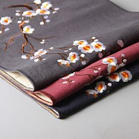 Floral Design  Pretty Table Runner For Dining Decor