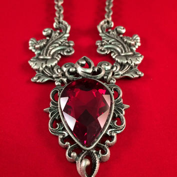 Gothic Necklace Heart of Evil