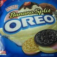 Limited Edition Banana Split Oreo 15.25 oz (1 Package)