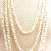 "30"" Glass Pearl Necklace in Pink, White or Black- Great Gatsby 1920s Flapper Pearl Necklace"