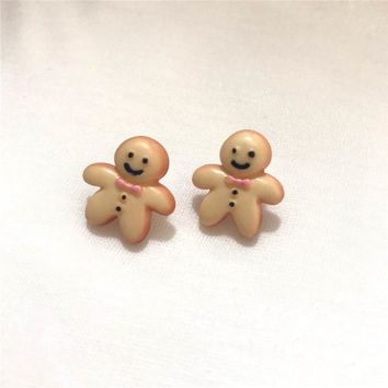 New Women Cute Gingerbread Man Earrings Creative lightweight clay Earrings Christmas Stud Earrings Women's fashion dropshipping
