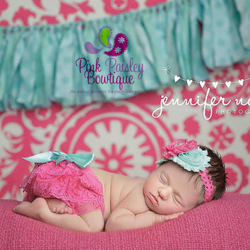 Baby Lace Bloomer Set- Newborn Headband and Bloomers- Newborn Photo Outfit- Lace Newborn cover - Cake smash outfit- Ruffle Baby Diaper cover