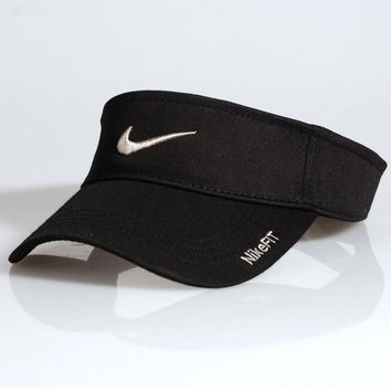 Day-First™ NIKE Tennis FIT BASEBALL CAP HAT