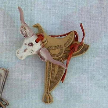 Elzac Era Longhorn Cow Saddle Pin Brooch Leather c1920s Vintage Jewelry