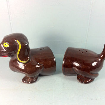 vintage dachshund salt and pepper shakers