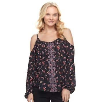 ONETOW Juniors' Rewind Embroidered Cold Shoulder Top | null
