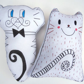 2 piece Plush Cat Pillow Toy Nursery Decor Decorative Cat Soft Sculpture Hand drawn Pillow Animal Totem Handpainted Fiber Art Gillter pillow