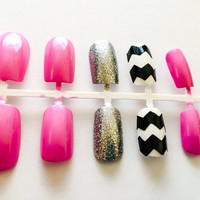 Pink fake nails chevron acrylic nails glitter false nails