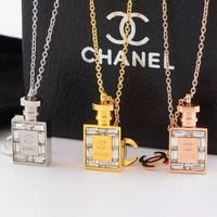 Double C New Arrival Necklace With Diamond-encrusted Perfume Bottle Necklace