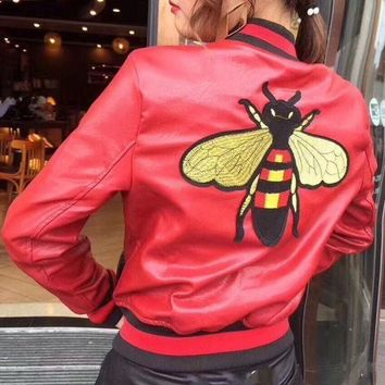 DCCKNQ2 GUCCI Bee Embroidery Leather Long Sleeve Cardigan Jacket Coat1