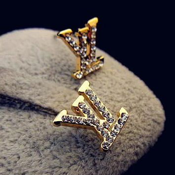 8DESS Louis Vuitton Women Fashion Diamonds Stud Earring Jewelry