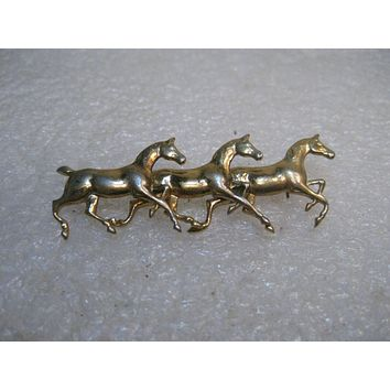Vintage Triple Horse/Thoroughbred Bar Brooch, 1960's, Gold tone, 2""