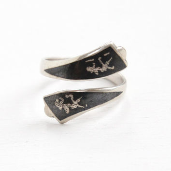 Vintage Sterling Silver Siam Ring - 1940s Adjustable Niello Thai Wrap Bypass Thailand Dancing Goddesses Jewelry