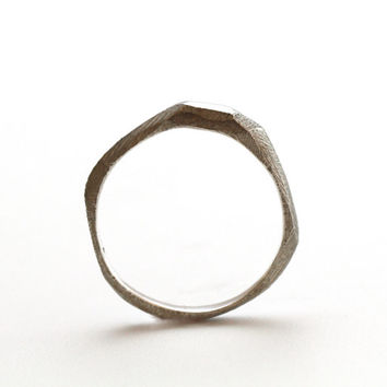 Sterling Silver ring, silver rustic ring, hammered ring, small ring band, small wedding ring, rustic wedding ring, rusric ring band
