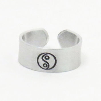 Yin Yang ring - Yin Yang jewelry - Handmade ring - Asian jewelry Asian symbol ring - Peace harmony zen jewelry