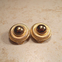 Round Textured Gold Tone Vintage Clip Earrings Womens Jewelry Clipon Back Retro Ladies
