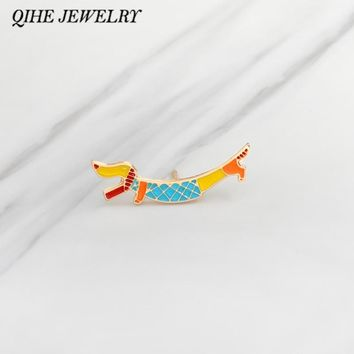 Trendy QIHE JEWELRY Brooches & pins Metal hard enamel dog brooches Denim jacket Pin Badge Jewelry Dog jewelry Doge lover gift AT_94_13