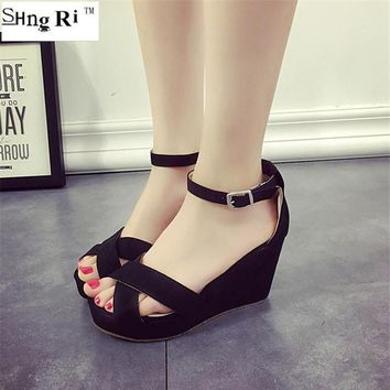 2016 new summer fashion high heel wedge waterproof platform peep-toe buckles Roman san