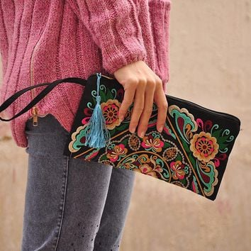 2017 Vintage Messenger Handbag Ethnic Boho Embroidered Floral Bags Shoulder Purse Gift WML99