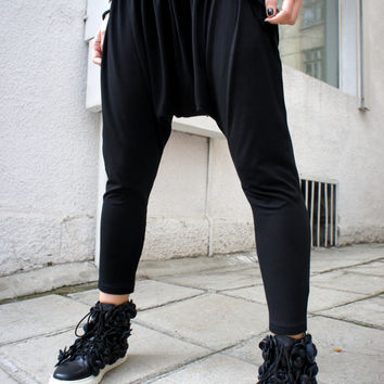 Loose Casual Black Drop Crotch Harem Pants / Casual Black Pants