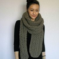 The Toulon, chunky scarf- Taupe
