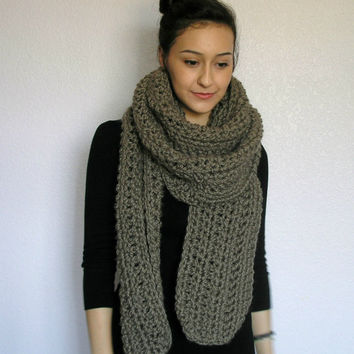 The Toulon chunky scarf Taupe by deroucheau on Etsy