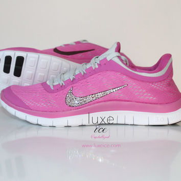 NIKE run free 3.0 V5 running shoes w/Swarovski Crystals detail - Club Pink/Gridiron/Pure Platinum/White